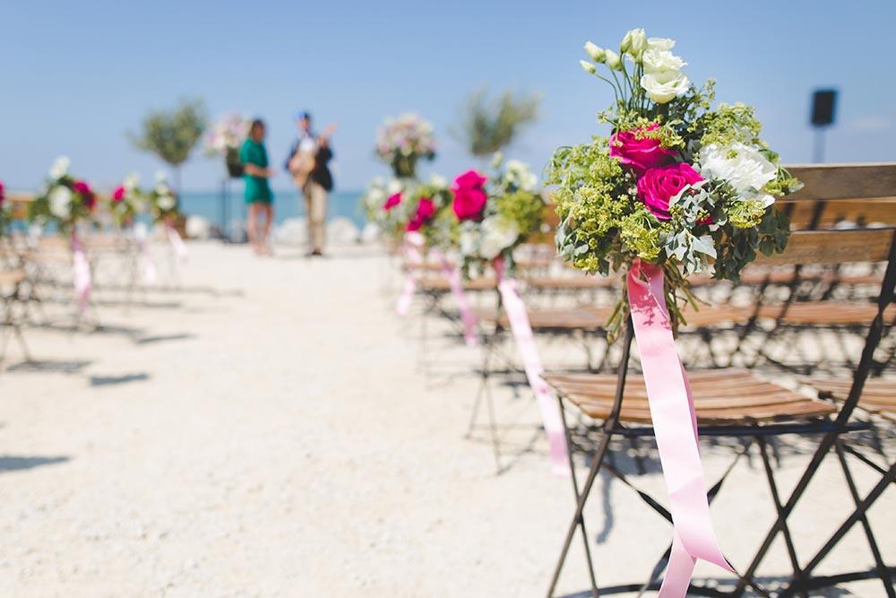 Beach wedding in Tuscany
